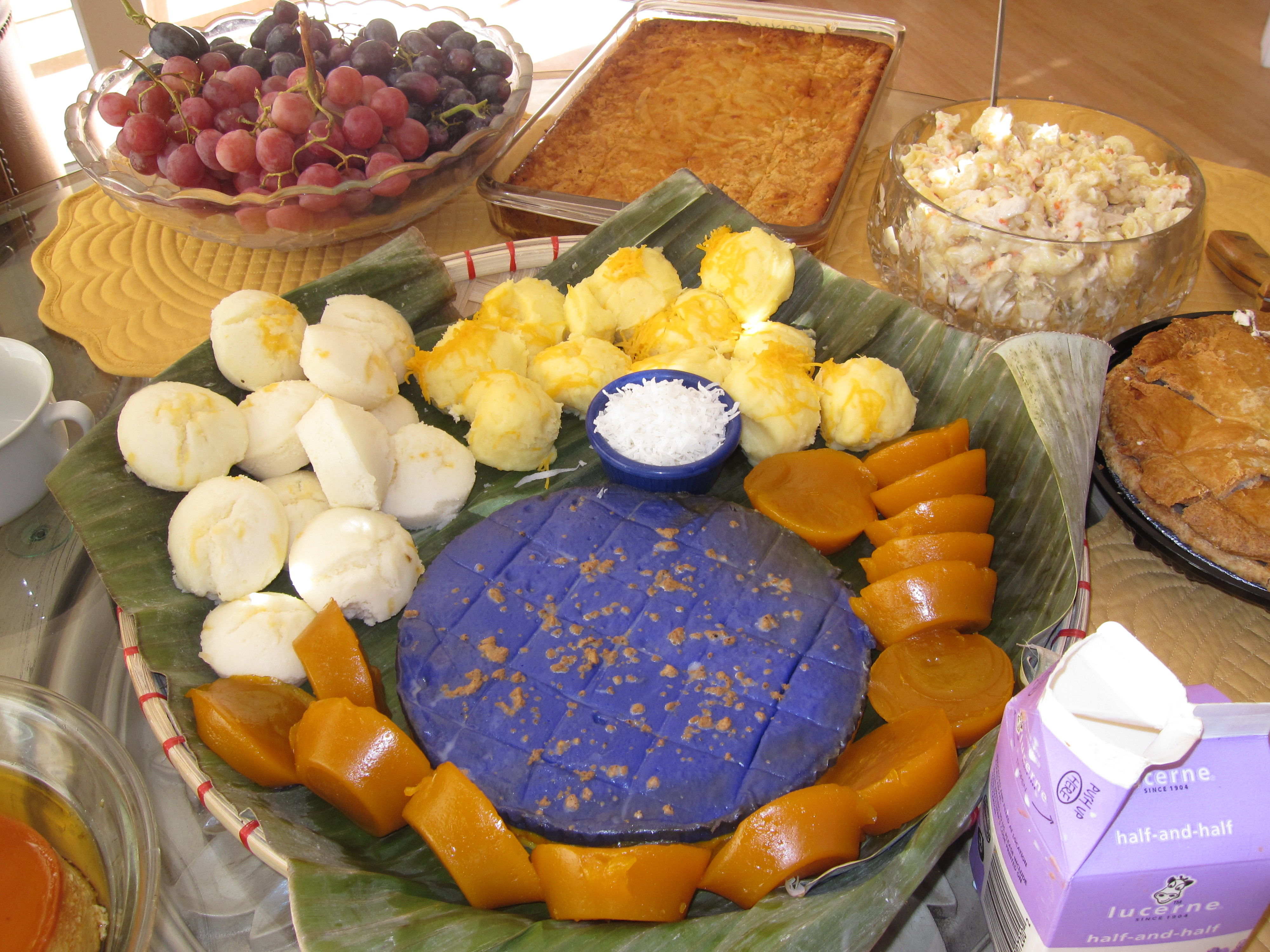 How to Eat Healthy at a Filipino Party