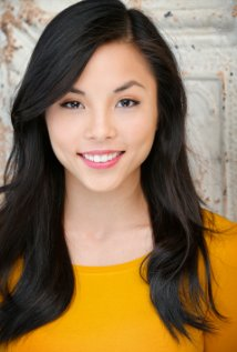 YouTube: Anna Akana's 'How to put on your face'